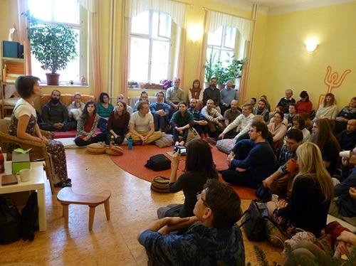 Ohlédnutí za předvánočním setkáním příznivců knih V. Megreho v Praze